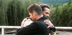 Supernatural Finale, Supernatural Dean, Supernatural Seasons, Sam And Dean Winchester, Winchester Brothers, Ned Flanders, Eric Kripke, Jensen Ackles Jared Padalecki, Smallville