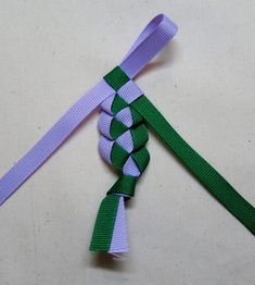 How to braid a necklace. Hawai'ian Ribbon Lei - Step 6