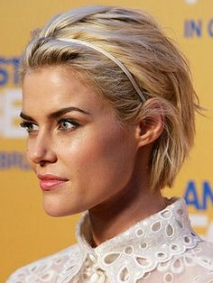 thin-short-hair-headband by cathmartin, via Flickr