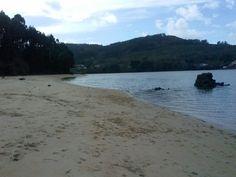 Praia Bestarruza en Ferrol, Galicia