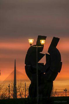 Spomenik zrtvama logora na Stardom sajmistu I Ada most