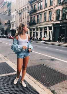 See more of catemtarr's VSCO. Junior Outfits, Outfits For Teens, Summer Outfits, Cute Outfits, Instagram Outfits, Poses, Perfect Wardrobe, Girl Pictures, Passion For Fashion