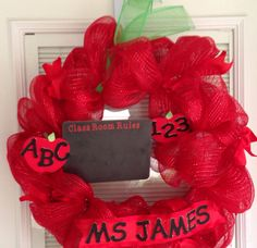 Teacher Apple Wreath w/chalkboard fun  on Etsy, $50.00