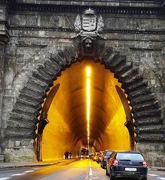 Tunnel under Castle