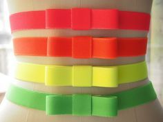 neon elastic bow belts | Easy Peasey! These would make cute headbands too.