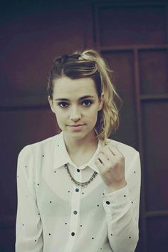 ]katelyn tarver] Hi... Im Allison Taylor Hemmings. Im 18. Single. I like to party, Im majoring in music and art. hoping to be a music producer or even a regular movie director. I do admit I like to sometimes drink and graffiti, but also cuddle, work out, and read. Im a freshman in college this year. I like older men