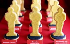 Awards Night Sugar Cookies - Oscar Night!  There is a link to buy the cookie cutter...