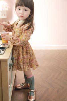 Fall little girl style #littlefashionista #2013