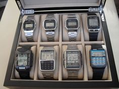 Factors to consider when purchasing a Casio watch. Aspects to consider when buying a Casio watch. Retro Watches, Vintage Watches, Cool Watches, Watches For Men, Wrist Watches, Casio Vintage Watch, Casio Watch, Elegant Watches, Beautiful Watches