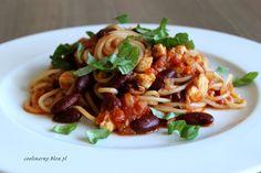 Obiad w 30 minut - Spaghetti z kurczakiem, fasolą i pomidorami