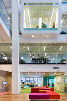 Corporate Office. Clive Wilkinson Architects. Green Star efficiency