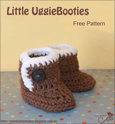 A free crochet pattern of ugg baby booties. Do you also want to crochet these booties? Read more about the Free Crochet Pattern Little Uggiebooties. Crochet Baby Boots, Crochet Slippers, Knitted Baby, Ugg Slippers, Hat Crochet, Crochet Top, Crochet For Beginners, Crochet For Kids, How To Crochet