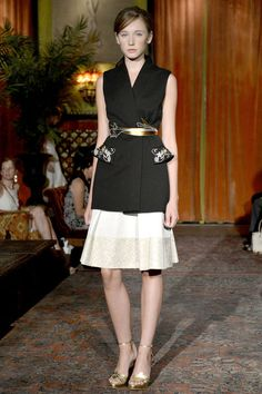 Love the belt and the pocket detailing! Behnaz Sarafpour!
