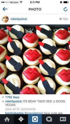 Lip cakes