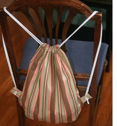 The Mama Drawstring Backpack - Free Tutorial