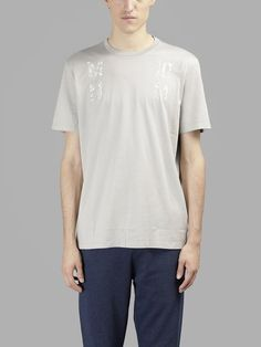 MAISON MARTIN MARGIELA Maison Margiela Men'S Grey T-Shirt With Prints. #maisonmartinmargiela #cloth #t-shirts