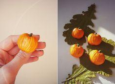 JDS Accessories by Natasha Kolesova PUMPKIN BROOCH Polymer clay, handicraft Limited edition Buy now http://vk.com/market-20101066 #JDS #JDSaccessories #jdsfashion #accessories #handmade #handicraft #designerjewelry #NatashaKolesova #halloween #pumpkin #brooch #polimerclay #fashiondetails #fashionart #popculture #nizhnynovgorod #ательеjds #украшения #аксессуары #ручнаяработа #дизайнерскиеукрашения #хэллоуин #тыква #брошь #полимернаяглина #НаташаКолесова #мода #детали #искусство