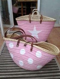 Cestas rosa con estrella y lunares.