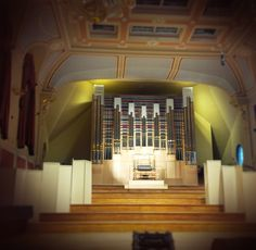The organ during final tuning and adjustment – as Sir Elton John saw it for the first time. © Royal Academy of Music, August 2013