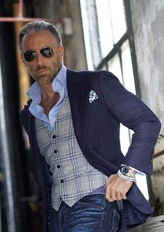 Blazer Outfits Men, Mens Fashion Blazer, Stylish Mens Outfits, Suit Fashion, Stylish Clothes For Men, Sharp Dressed Man, Well Dressed Men, Casual Chique, Men Casual