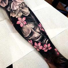 tattoos in japanese prints Irezumi Tattoos, Yakuza Style Tattoo, Hannya Mask Tattoo, Hanya Tattoo, Leg Tattoos, Black Tattoos, Sleeve Tattoos, Tattoos For Guys, Tattoo Ink