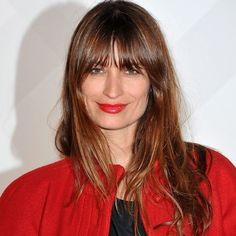 Caroline de Maigret's hair stylists tells hos how to get her messy French girl hair.