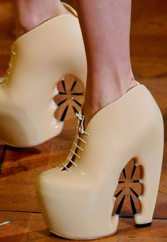 Iris Van Herpen Fall 2012 Couture Shoes