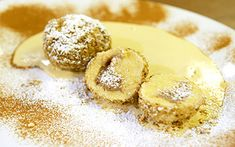 Cottage cheese maroni dumplings with cinnamon zabaglione – Lace Wedding Cake Ideas Zabaglione Recipe, Gourmet Recipes, Healthy Recipes, Cocoa Nibs, Cookie Do, Cottage Cheese, Fabulous Foods, Dumplings, China