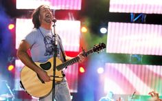 Jake Owen up for 2014 CMT 'Performance of the Year'