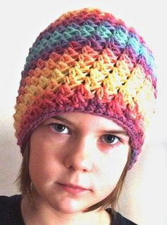 Duhová Zima.. – Jak háčkovat Crochet Beanie Hat, Beanie Hats, Knitted Hats, Crochet Hats, Headbands, Diy And Crafts, Crochet Patterns, Winter Hats, Knitting