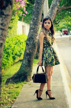 NO LOOK FLORAL GREEN - Ligada na Moda
