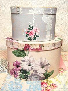 Hannah's Treasures vintage wallpaper bandboxes
