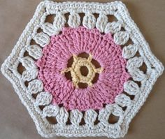 Wheel within hexagon pattern