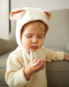 süßes Winter Mütze zum binden nähen, mit Lamm/ Schaf Ohren I Lamb Bonnet, 0-24M