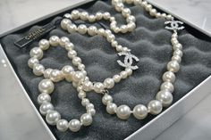 Chanel pearl-love