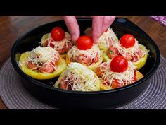 Megtöltöttem a krumplit fasírozottal - ilyent még nem próbáltál!| Cookrate - Magyarország - YouTube Carne Picada, Albondigas, Relleno, Potato Salad, Eggs, Breakfast, Ethnic Recipes, Food, Sweet Bread
