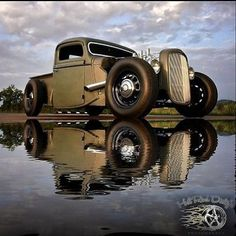 pics of rat rod trucks Hot Rod Trucks, Cool Trucks, Cool Cars, Semi Trucks, Rat Rod Pickup, Ford Pickup Trucks, Dually Trucks, Truck Drivers, Chevy Trucks
