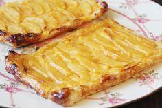 Tarta de manzana con hojaldre y crema | Recetas para niños