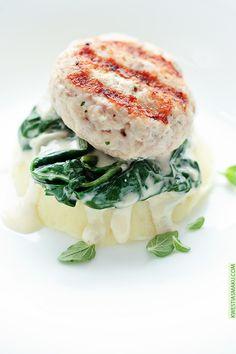 Kotleciki drobiowe ze szpinakiem i tłuczonymi ziemniakami. Adrian's Perfect Dinner :-) Pinned by #AdrianWerner
