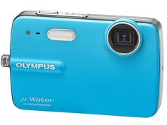 Olympus 550WP camera is 'dunk and shoot' | Hot on the heels of its FE-series cameras and SP-590 Ultra Zoom model, Olympus is launching the tough-as-old-boots STYLUS-550WP. Buying advice from the leading technology site