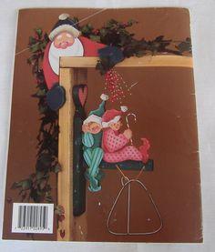 Santa Parade Decorative Painting Pattern Book by Susan Jill Hall Christmas Door, Christmas Snowman, Merry Christmas, Arte Country, Pintura Country, Xmas Crafts, Book Crafts, Tole Painting, Painting Patterns