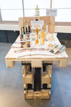 Buyfresh Marktstand I Design: NOKAOS Food Lab, Marmite, Table, Furniture, Design, Home Decor, Foods, Photo Illustration, Homemade Home Decor