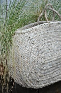 Panier Jewelry Accessories, Fashion Accessories, Simple Style, My Style, Basket Bag, Business Inspiration, Straw Bag, Purses And Bags, Artisan