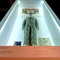Ziggy Stardust album cover jumpsuit designed by David Bowie and Freddie Burretti, On display at the David Bowie Is exhibit. Ziggy Stardust Album Cover, David Bowie Born, Marc Bolan, V & A Museum, Designer Jumpsuits, Thanks For The Memories, The V&a, Popular Music, Coffin