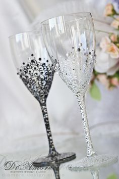 Black & White Wedding Wine glasses /LACE bride and groom wedding, pearls, crystals, handmade