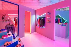 Robert Storey Studio – Nike pop-up NYC