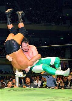 エメラルド・フロウジョン | ワールドプロレスブックWorldPro-WrestlingBook