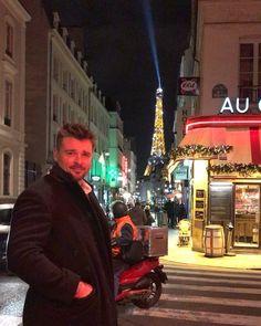 "Tom Welling (@tomwelling) on Instagram: ""Posing in Paris  #nofilter #no""  -  30-December-2017"