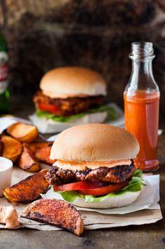 Portuguese Chicken Burger (Nando\'s Copycat) - my copycat of the famous Nando\'s Portuguese Chicken Burgers with Peri Peri Sauce