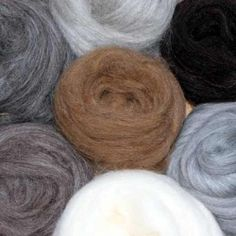 A mixed bag of animal coloured natural fibres wool top fibres for hand spinning and feltmaking. Felting Tutorials, Jacob Black, Hand Spinning, Merino Wool, Packing, Colours, Felt Projects, Nature, Animals